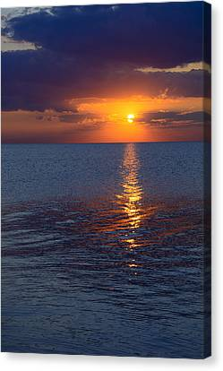 Canvas Print featuring the photograph 8.16.13 Sunrise Over Lake Michigan North Of Chicago 002 by Michael  Bennett