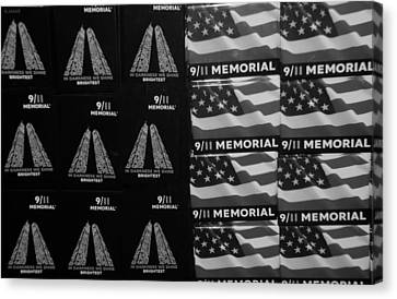 9/11 Memorial For Sale In Black And White Canvas Print by Rob Hans