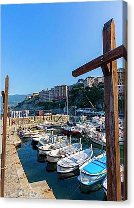 Camogli, Genoa Province, Italy Canvas Print by Ken Welsh