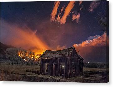 Round Fire Canvas Print by Cat Connor