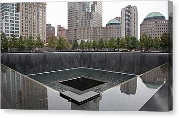 911 Memorial Pool Nyc Canvas Print