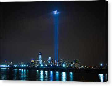911 Tribute In Lights Canvas Print