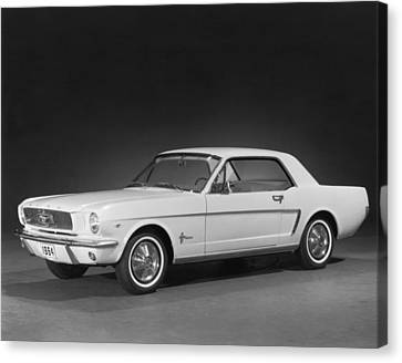 A 1964 Ford Mustang Canvas Print by Underwood Archives