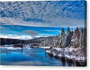 A Beautiful Winter Day At The Green Bridge Canvas Print by David Patterson