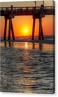 Canvas Print featuring the photograph A Captive Sunrise by Tim Stanley