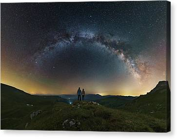 A Couple Gazing At The Milky Way Canvas Print by Yuri Zvezdny