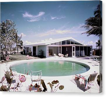 A House In Miami Canvas Print by Tom Leonard