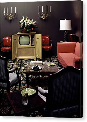 A Living Room Canvas Print by Haanel Cassidy