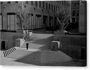 A Man On The Steps At Rockefeller Plaza Canvas Print