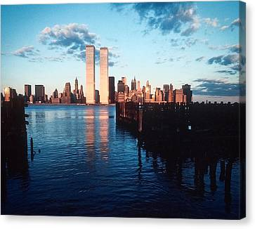 New York Sunset 1978 Canvas Print
