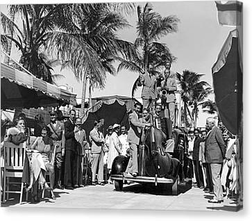A Portable Jazz Band In Miami Canvas Print by Underwood Archives