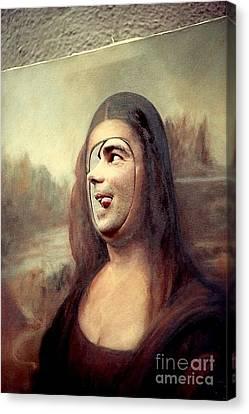 A Profile Of Mona Lisa Canvas Print by Michael Hoard