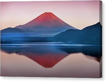 A Quiet Time, Mt,fuji In Japan Canvas Print