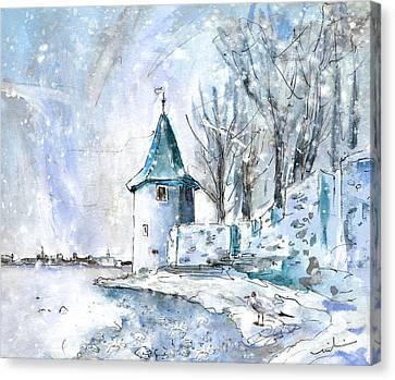 A Seagull In Winter In Lindau Canvas Print by Miki De Goodaboom