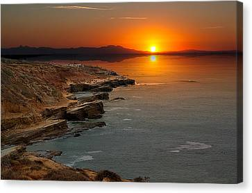 Canvas Print featuring the photograph A Sunset by Lynn Geoffroy