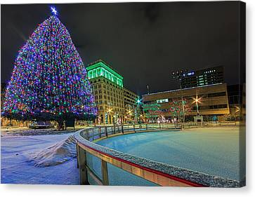 A Syracuse Christmas Canvas Print by Everet Regal