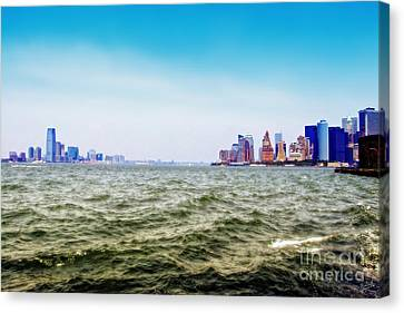 A Tale Of Two Cities Canvas Print by Nishanth Gopinathan