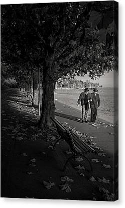Canvas Print featuring the photograph A Walk In The Park by Antonio Jorge Nunes
