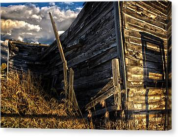 Canvas Print featuring the photograph Abandoned Building Fort Steele by Rob Tullis