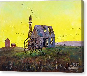 Abandoned  Farm Canvas Print by Lee Piper