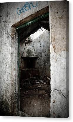 Abandoned Little House 1 Canvas Print by RicardMN Photography