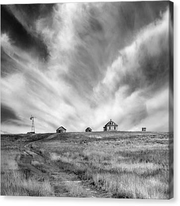 Abandoned Ranch Buildings Canvas Print by Donald  Erickson