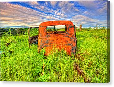 Abandoned Rusting Truck Canvas Print