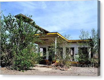 Canvas Print featuring the photograph Abandoned Store by Utopia Concepts