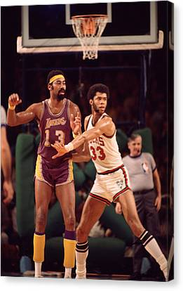 Abdul Jabbar Defends Wilt Chamberlain Canvas Print by Retro Images Archive