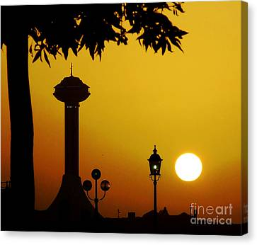 Canvas Print featuring the photograph Abu Dhabi by Andrea Anderegg