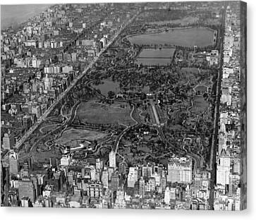 Aerial View Of Central Park Canvas Print by Underwood Archives
