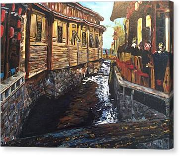 Afternoon Delight In Old Town Of Lijiang Canvas Print