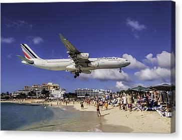 Air France St. Maarten Landing Canvas Print by David Gleeson