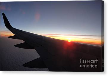 Airplane Wing - 01 Canvas Print by Gregory Dyer