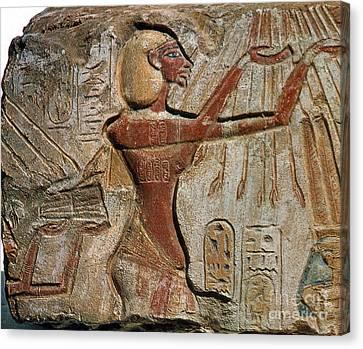 Akhenaten, New Kingdom Egyptian Pharaoh Canvas Print by Science Source