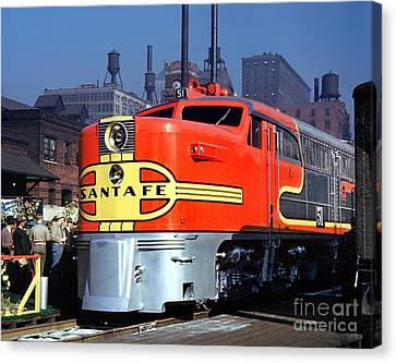 Alco Pa-1 51 Santa Fe Chief Diesel Locomotive Chicago 1946 Canvas Print
