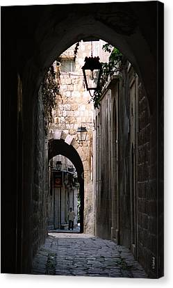 Aleppo Alleyway01 Canvas Print