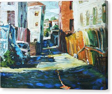 Alley Near Macarthur Park Canvas Print by John Matthew