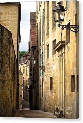 Alleys Of Sarlat Canvas Print