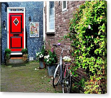 Canvas Print featuring the photograph Alleyway In Dutch Village by Joe  Ng