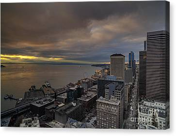 Along The Seattle Waterfront Canvas Print by Mike Reid