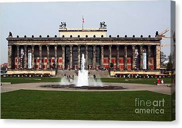 Altes Museum In Berlin Canvas Print by John Rizzuto