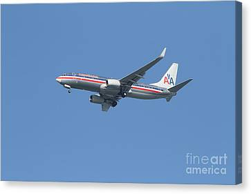 American Airlines Jet 7d21917 Canvas Print by Wingsdomain Art and Photography