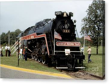 American Freedom Train - 1975 Canvas Print by ELDavis Photography