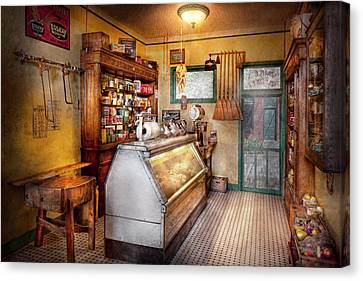 Americana - Store - At The Local Grocers Canvas Print by Mike Savad