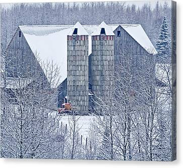 Amish Barn Canvas Print by Jack Zievis