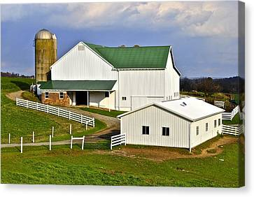Amish Country Barn Canvas Print by Frozen in Time Fine Art Photography