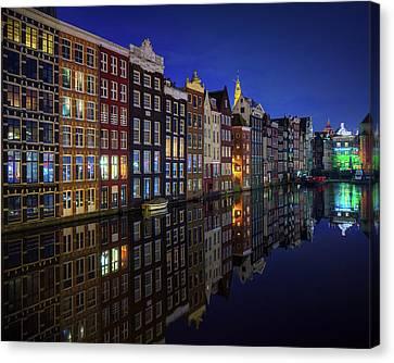 Historic Street Canvas Print - Amsterdam At Night 2017 by Juan Pablo De