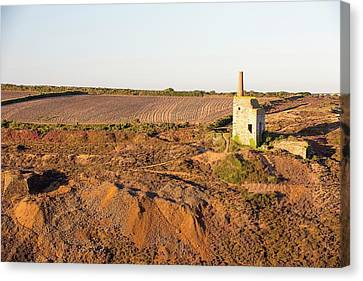 An Abandoned Tin Mine In Porthtowan Canvas Print by Ashley Cooper