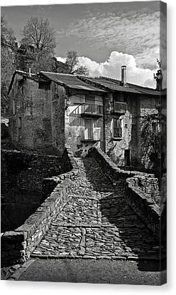 An Old Spanish Town Puente De Montanana Canvas Print